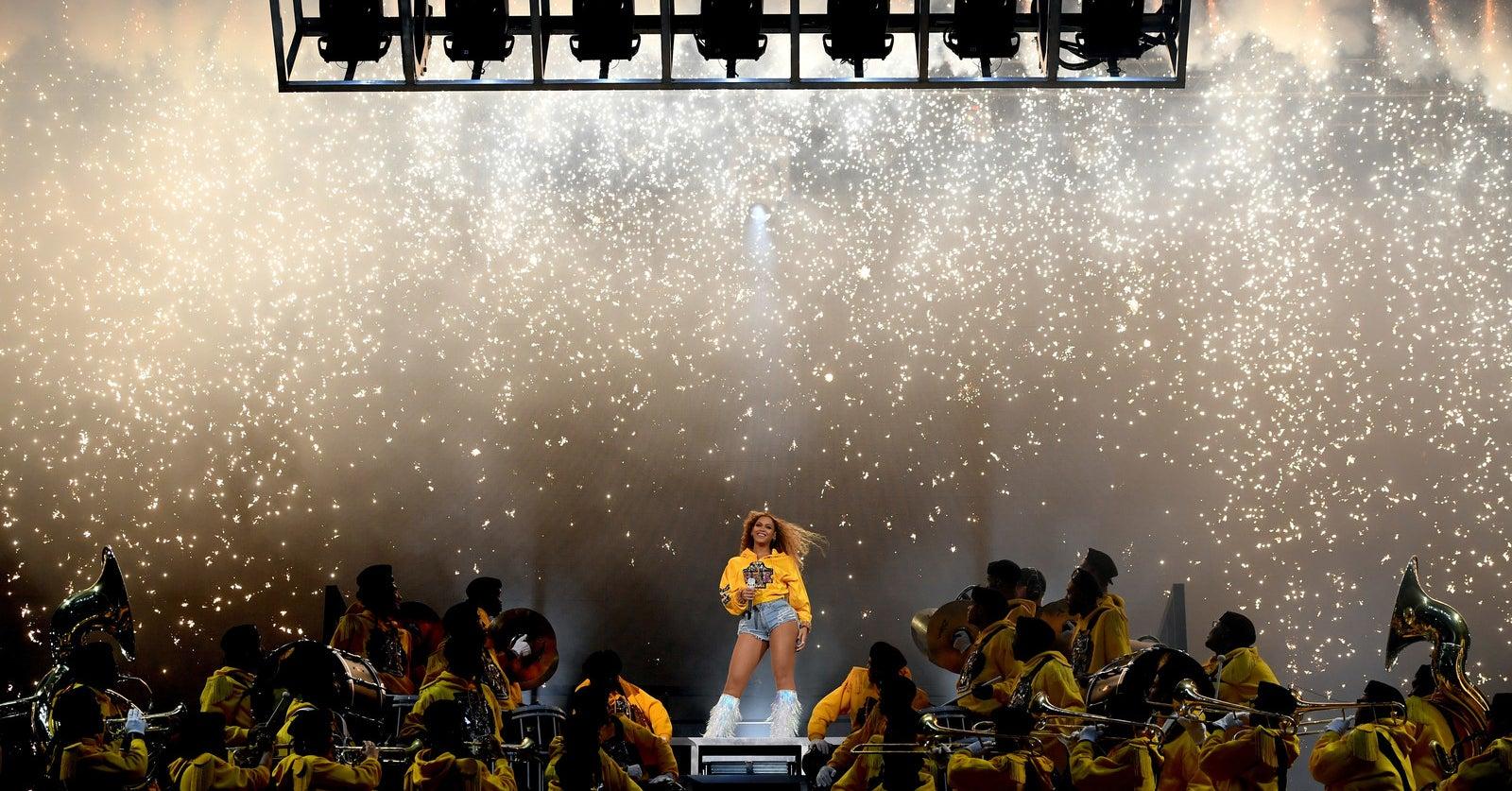 e9c7d7eba5 How Beyoncé Called Out Coachella's Whiteness