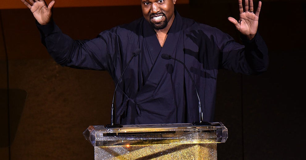www.buzzfeed.com: Kanye West Is Writing A Philosophy Book On His Twitter