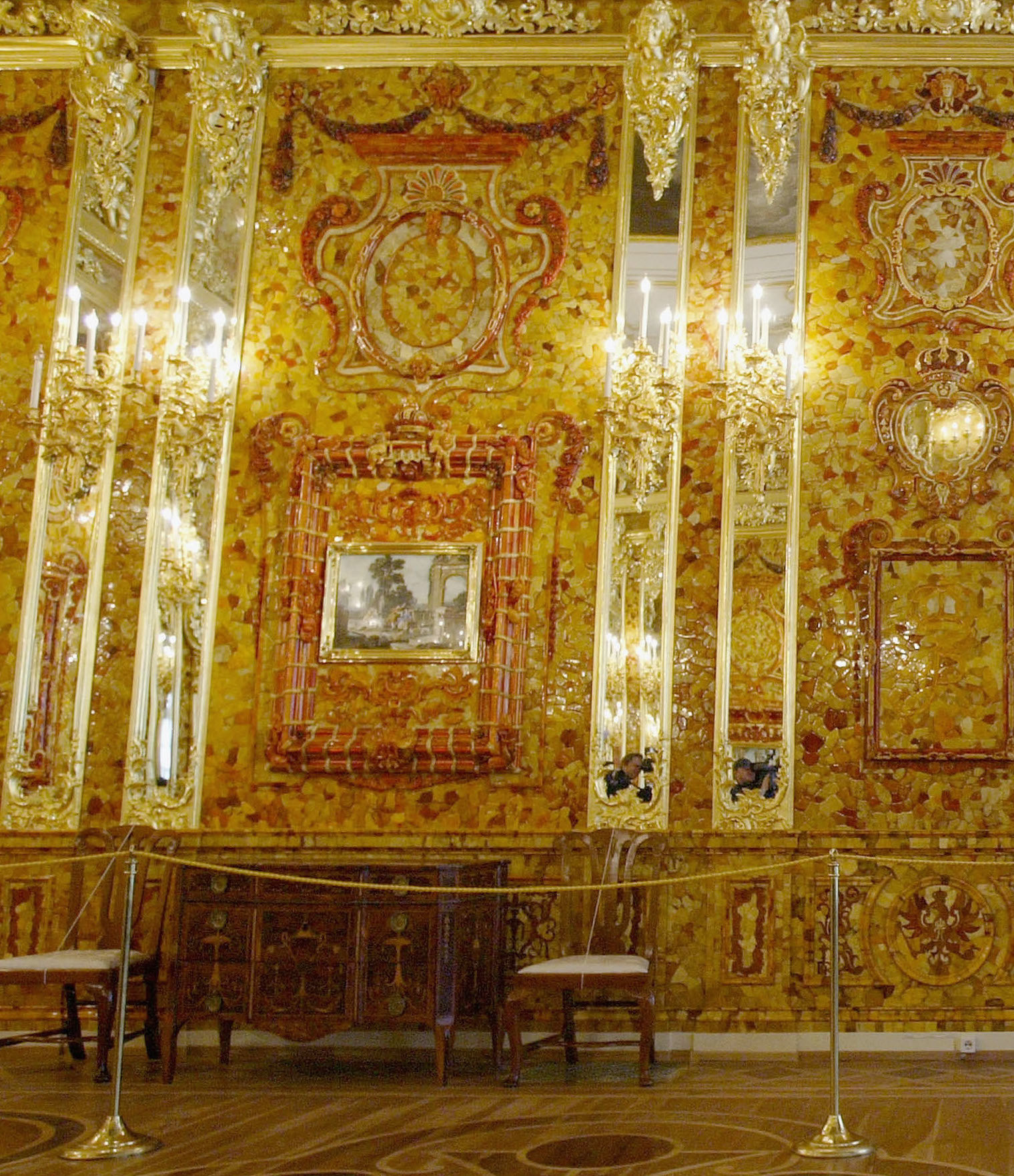 Lovely The Amber Room Was Originally A Gift From Frederick William I To Peter The  Great To