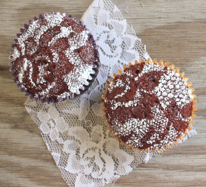 Here are all the details on making lace-stenciled cupcakes.