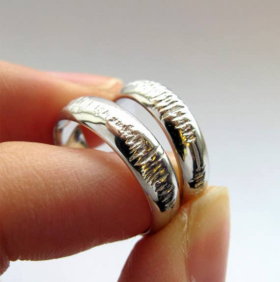 36 gorgeous unique wedding bands thatll steal the show and personalized sound wave rings that visually capture the unique sounds of your voice and celebrate the depths of your sweet sweet geeky love junglespirit Gallery
