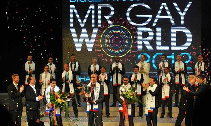 「MR GAY WORLD」はゲイ男性のミスターコンテスト。性的マイノリティのエンパワーメントを目的として2009年に始まった。2017年には21ヶ国の代表が世界大会に出場し、審査では外見だけでなく知性やリーダーシップなどが評価される。