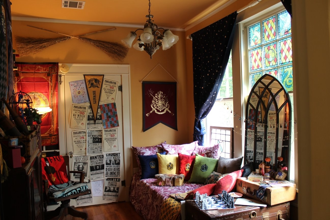 This Fan Made Harry Potter Common Room Is Magical Af