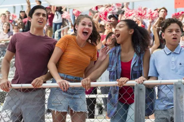 """""""On My Block"""" Star Ronni Hawk Has Apologized For Past Pro-Trump Tweets, Saying She's..."""