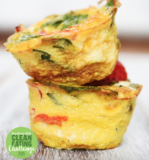Roasted Pepper, Cheddar Cheese, and Spinach Egg Muffins