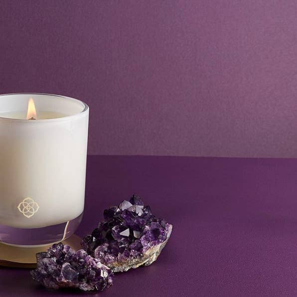 Get it from Kendra Scott for $25. Check out all the candles here.