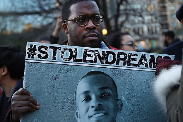 Stephon Clark's Official Autopsy Contradicts The Private One Commissioned B...
