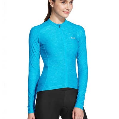 d8bdefca1e1 19 Of The Best Places To Buy Workout Clothing Online