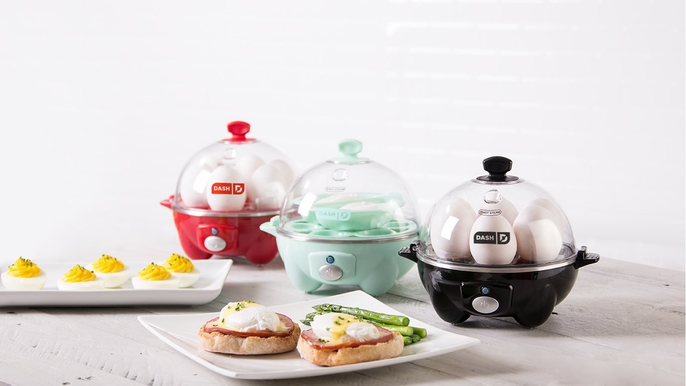 egg cookers lined up