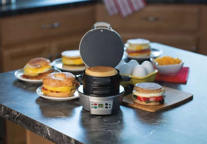 the sandwich maker with three sliding layers