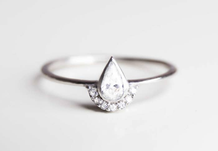 Cheap Engagement Rings That Will Be Friendly To Your Budget