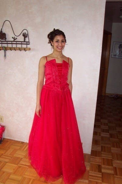 0640f0b3f6 24 Stunning Prom Dresses People Actually Made Themselves