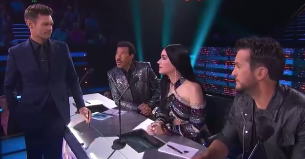 People Feel Awkward Over This Conversation Between Katy Perry And Ryan Seacrest That They Didn't Realise Was On Live TV