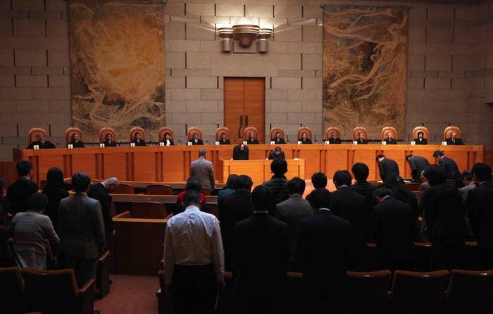 覚醒剤密輸事件の上告審判決で、「裁判員制度は合憲」とする初判断を示した最高裁大法廷(2011年)