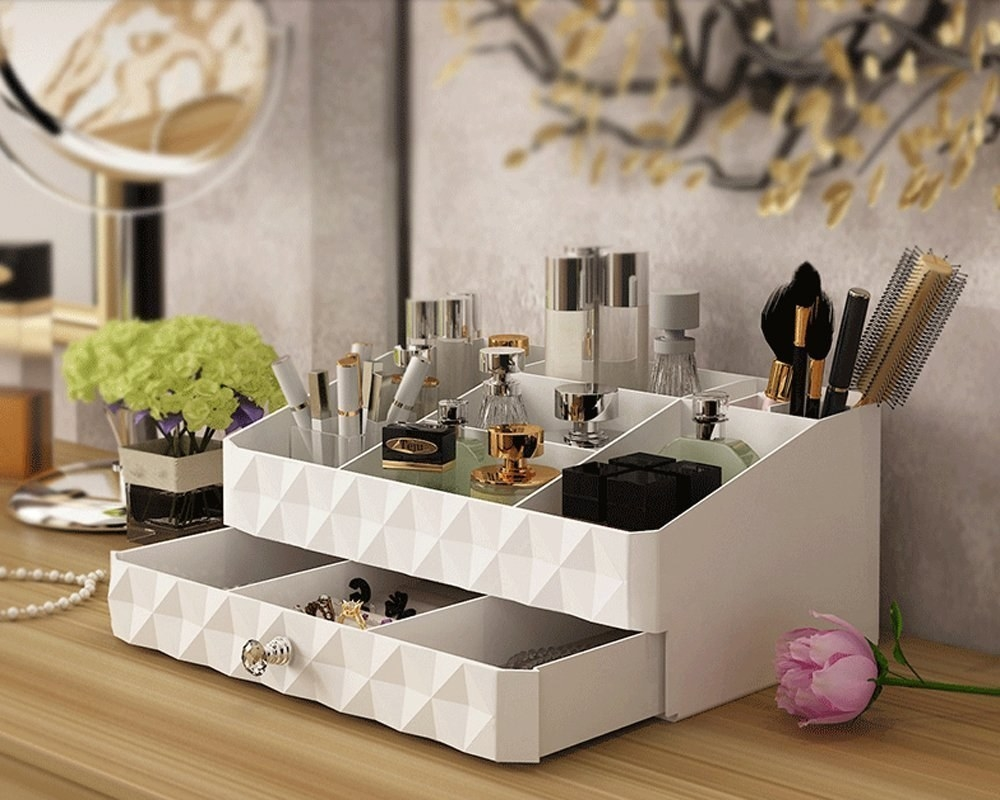 42 things that 39 ll give you no choice but to stay organized. Black Bedroom Furniture Sets. Home Design Ideas