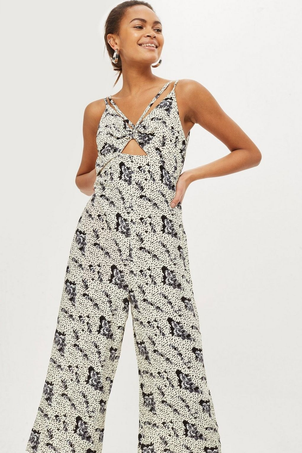 5f847f2e9791 17. Topshop rocks the style world with its selection of tall dresses