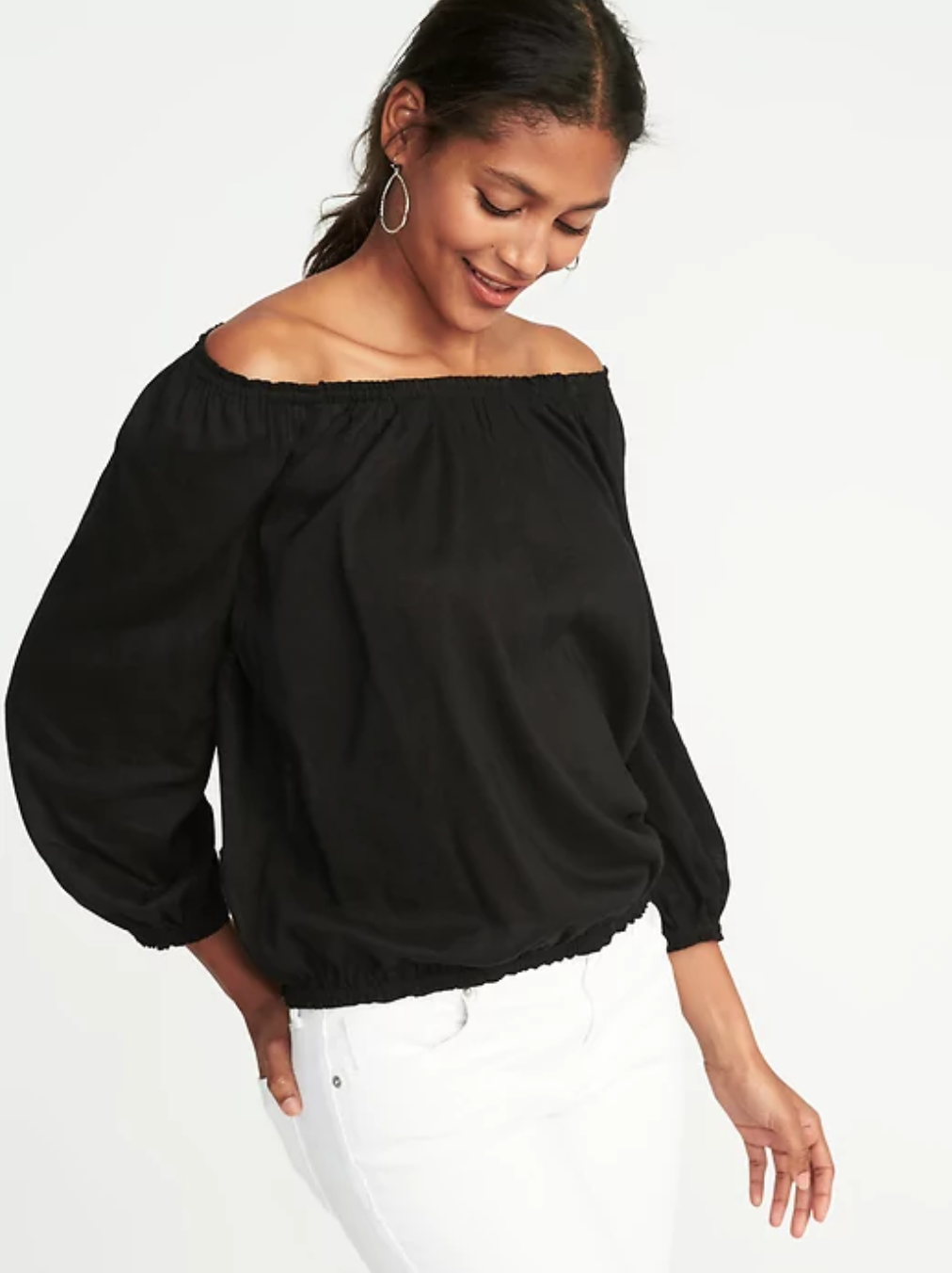 577c650e14349 Old Navy comes with all the comfy and casual tops and dresses one could  ever hope for — and at prices that are oh so nice on the wallet!