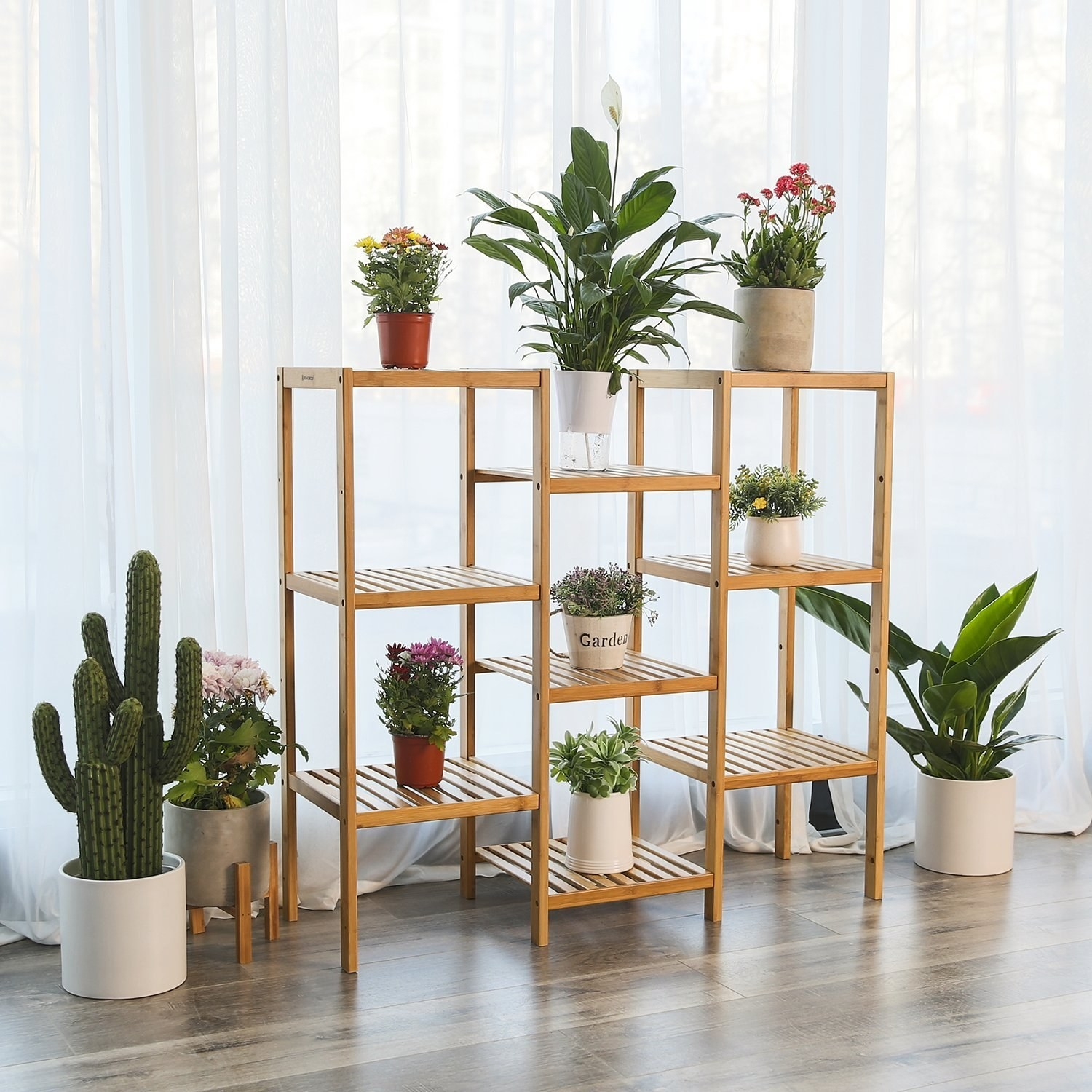 The bamboo plant stand