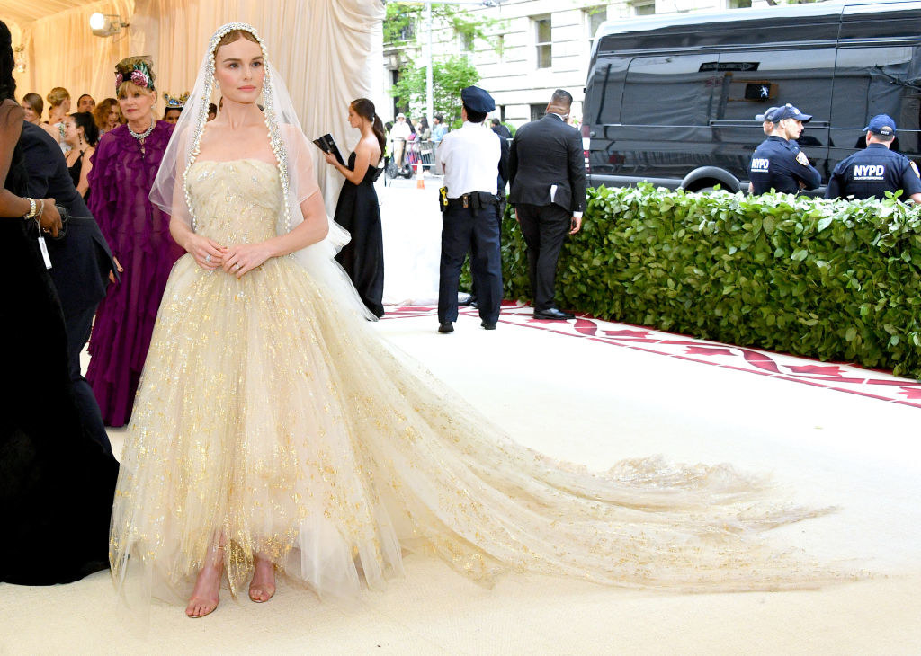 Kate Bosworth Is Wearing The Wedding Dress Of My Dreams At The Met