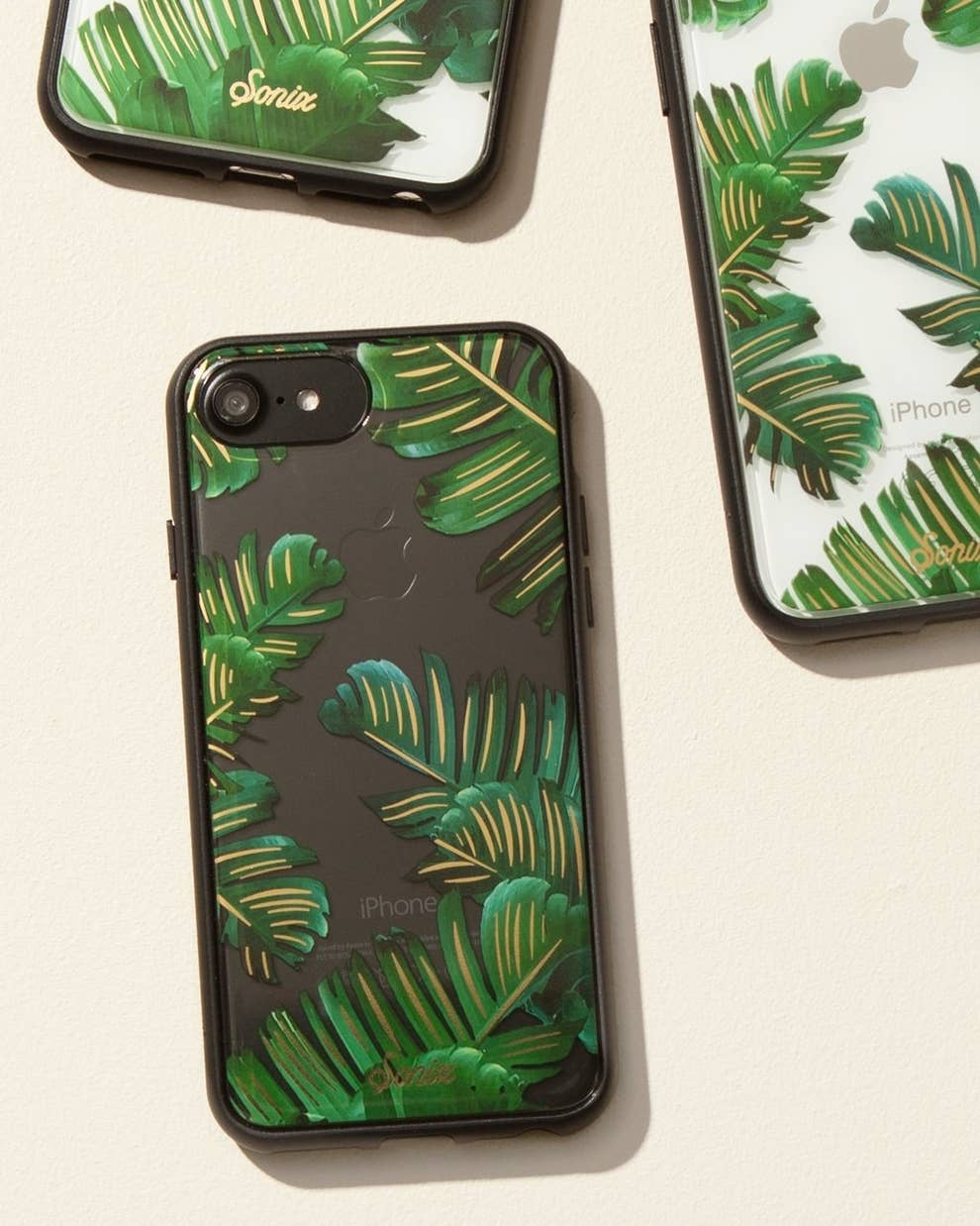 lowest price f0f8b 7711f The Best Places To Buy Phone Cases Online