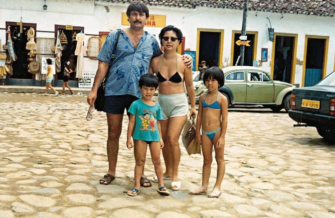 8dfc873a745a5 Sabrina tem 37 anos, é natural de Penápolis, interior de São Paulo