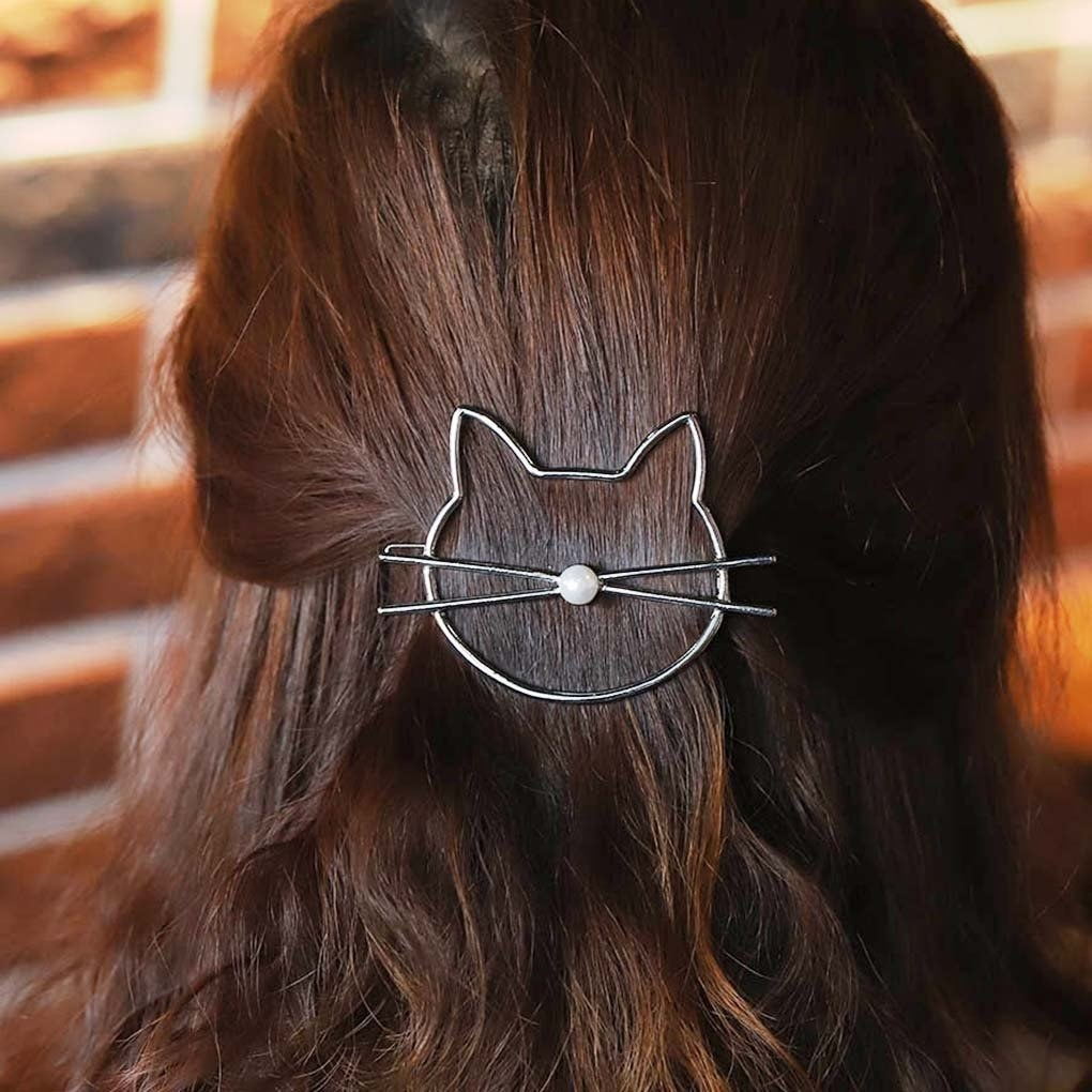 Cat hair clip duck clip great for decoration or to hold bangs back