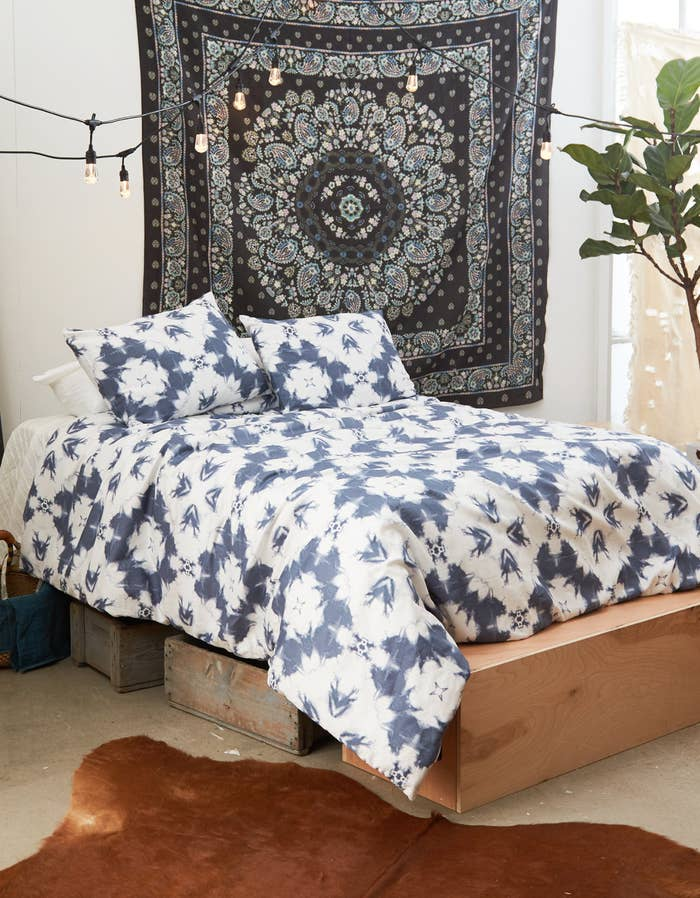 The Dormify collection for American Eagle includes comforter and duvet cover sets for $129+ (available in sizes Twin/Twin XL or Full/Queen), throw pillows for 36+, and throw blankets for $36+ (available in two colors).Get the tie dye comforter and sham set above from American Eagle for $179.