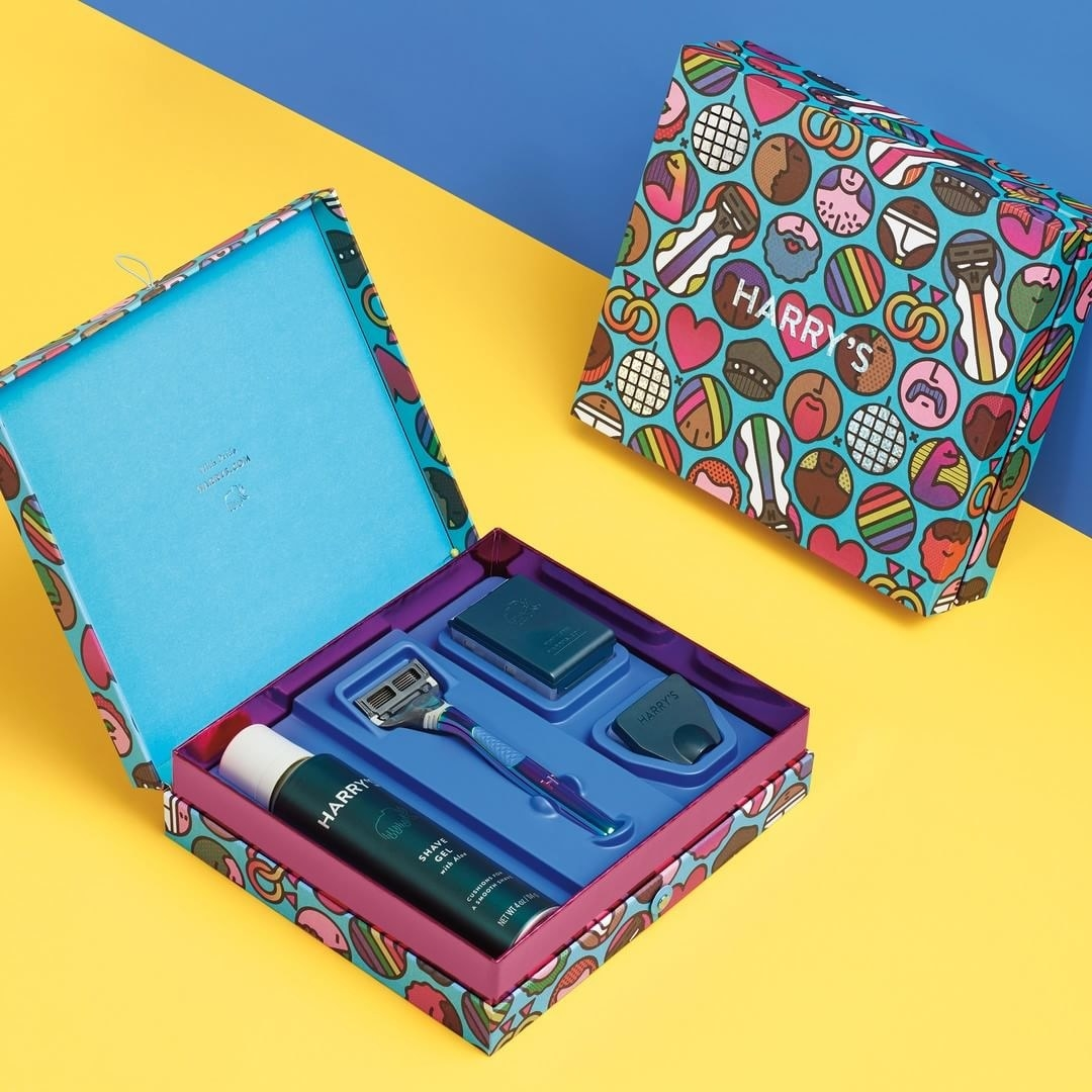 The colorful box is designed by artists Craig & Karl. This set comes with an iridescent razor handle, three German-engineered blade cartridges, and a foaming shave gel. Get it from Target for $24.99.