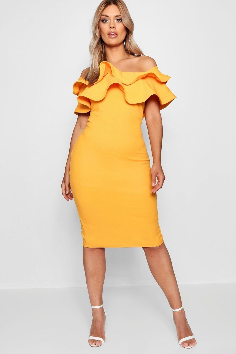 Get it from Boohoo for $20 (available in sizes 12-20 and in two colors).