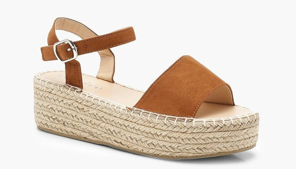 Price: $36 (originally $60, available in two colors, sizes 5–10)