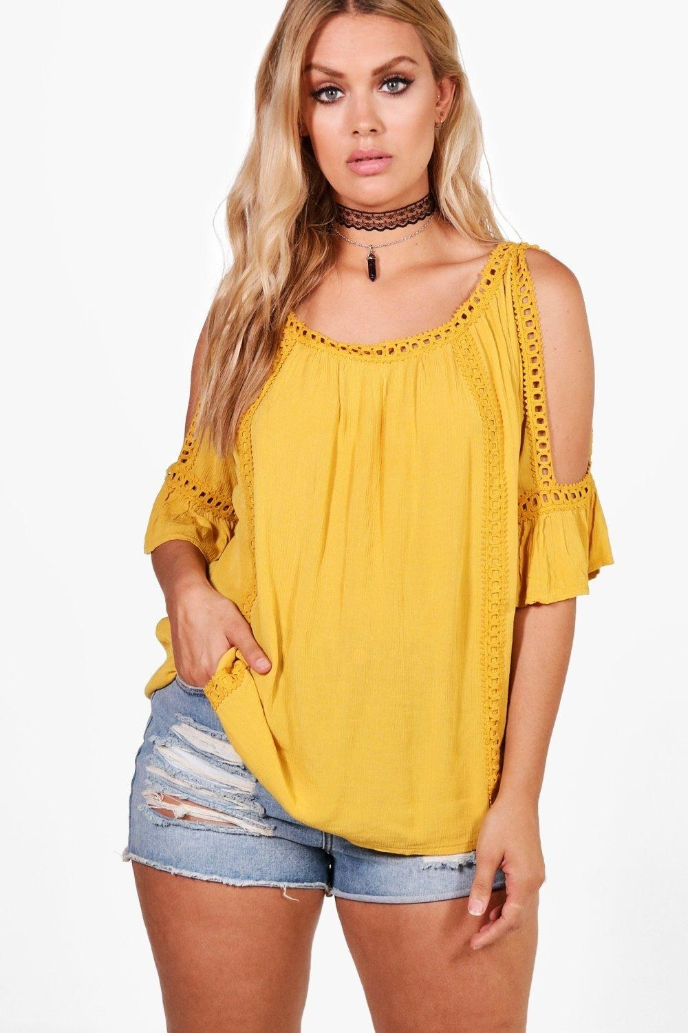 Price: $21 (originally $36, available in three colors sizes 12–20)