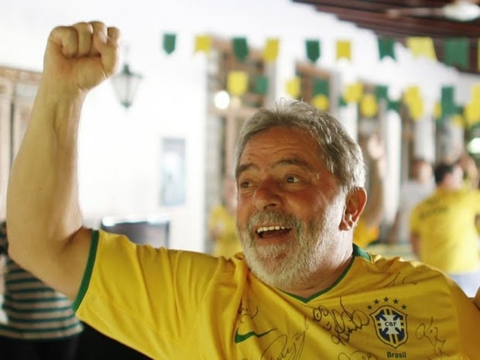Luiz Inácio Lula da Silva watching the World Cup in 2010 as Brazil played Costa Rica.