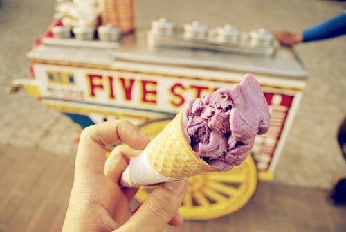 People are only exaggerating about the 'dirty' word. I'm just exposed to the busy streets but that doesn't make me a bad ice cream! I got the realest flavors in ube (purple yam), mango and queso (cheese).