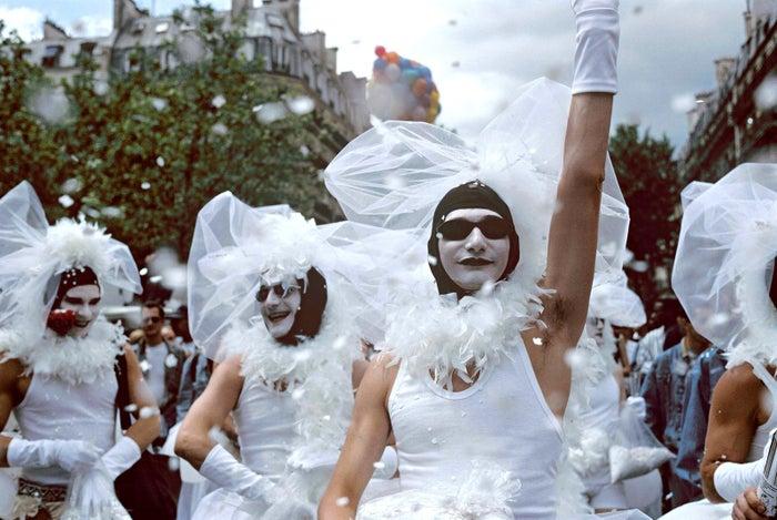 Paris, 1996.