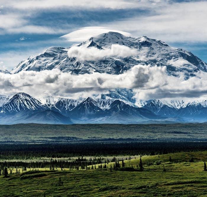 「アラスカには美しい場所がたくさんあるけど、一番素敵な写真が撮れるのはデナリ国立公園です」