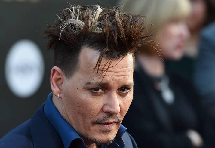 """""""Isso cria uma verdade. Alguns do meus maiores heróis são do cinema mudo"""", disse Depp. """"Tem que estar no olhar. E eu acho que, se não há verdade no olhar, não importa quais palavras são ditas."""""""