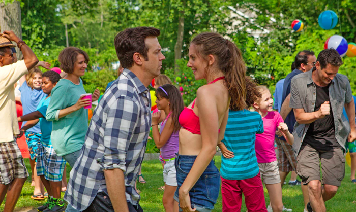 Sleeping With Other People is about two promiscuous people (played by Jason Sudeikis and Alison Brie) who slept with each other over a decade ago and, upon remeeting, decide to engage in a platonic relationship. Considering this movie falls into the romantic comedy genre, you can probably guess how that goes for them. But it's not just about the destination — it's about the journey. Don't you want to watch these two attractive people learn they're attracted to each other?