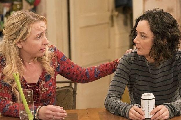 """ABC Has Picked Up A """"Roseanne"""" Spinoff Called """"The Conners"""""""