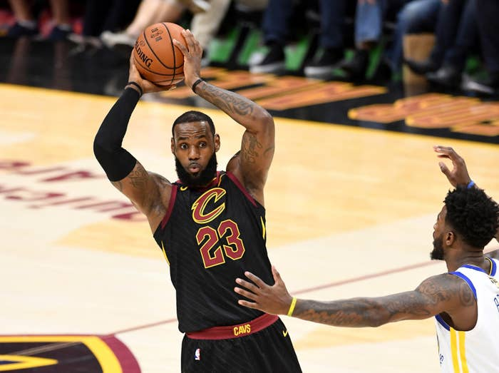 2e26f46cf04 LeBron James Is Joining The Los Angeles Lakers On A $154 Million ...
