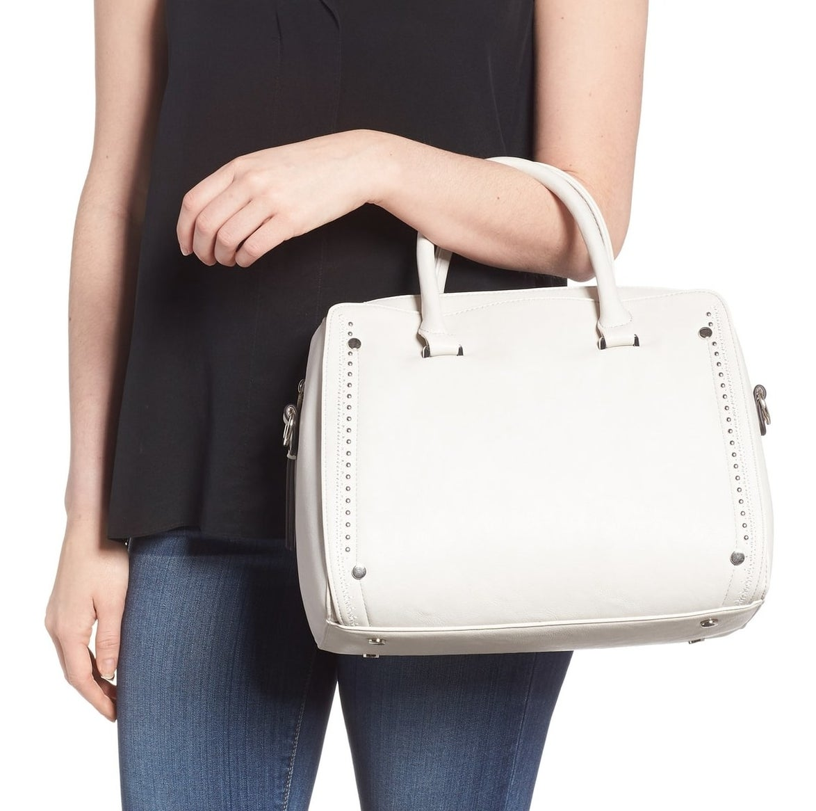 Price: $47.96 (originally $79.95, available in two colors)