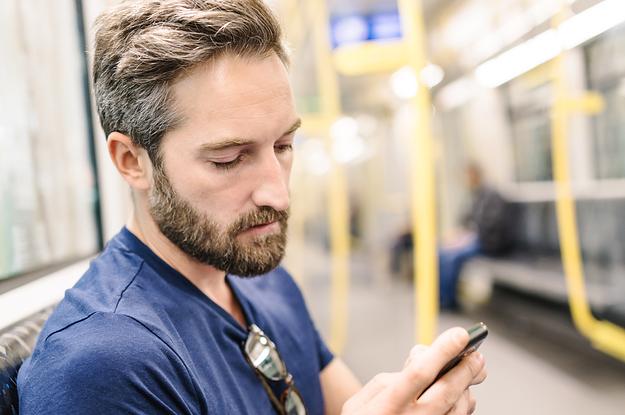 Die 32 nervigsten und schlimmsten Dinge, die du in öffentlichen Verkehrsmitteln tun kannst