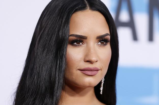 19 Demi Lovato Social Media Interactions That Are Funny