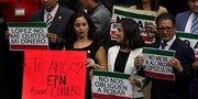 Esta imagen de los legisladores diciendo que van a tener que robar por las medidas de AMLO es falsa