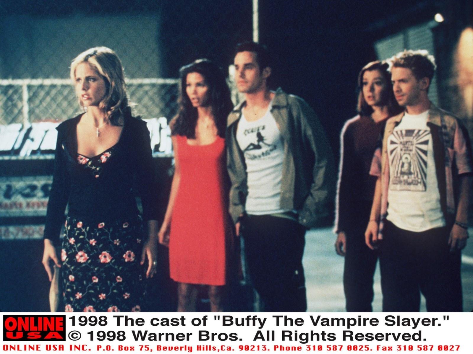 "1998 The cast of ""Buffy The Vampire Slayer."" From l-r: Sarah Michelle Gellar, Charisma Carpenter, Nicholas Brendon, Alyson Hannigan and Seth Green."