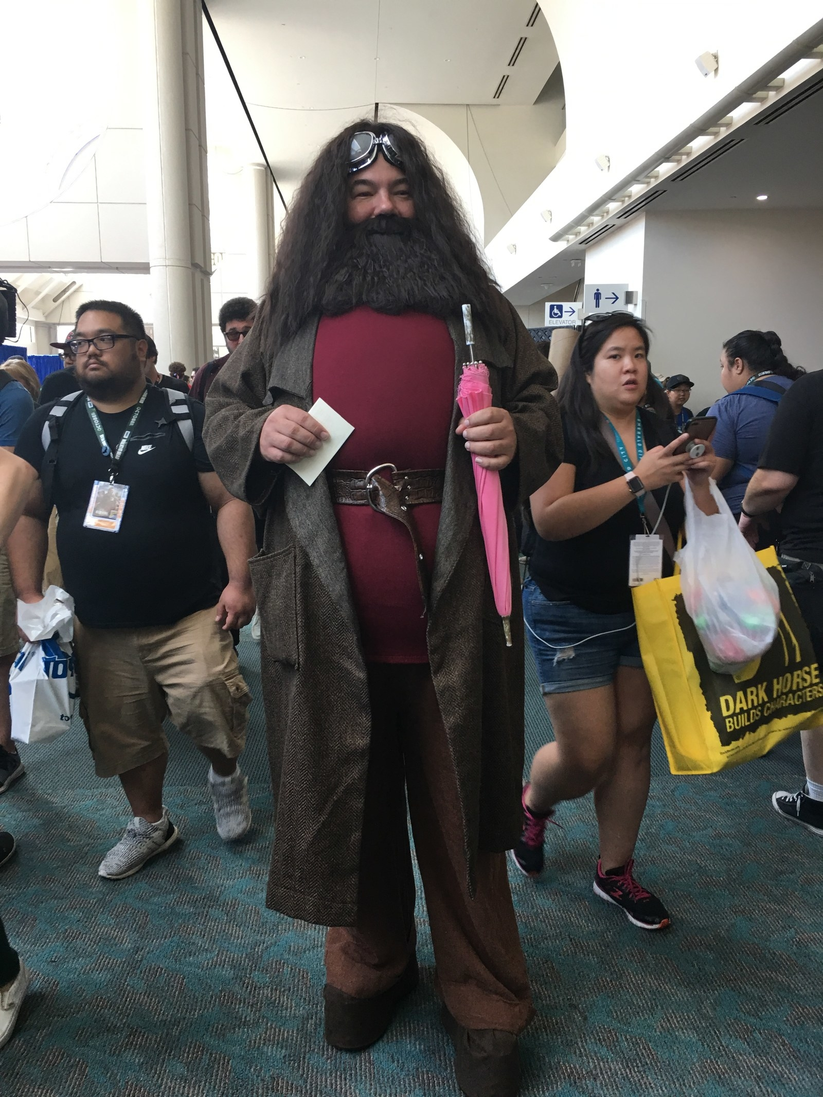 32 Comic Con Outfits That Will Definitely Inspire Your Next Halloween Costume