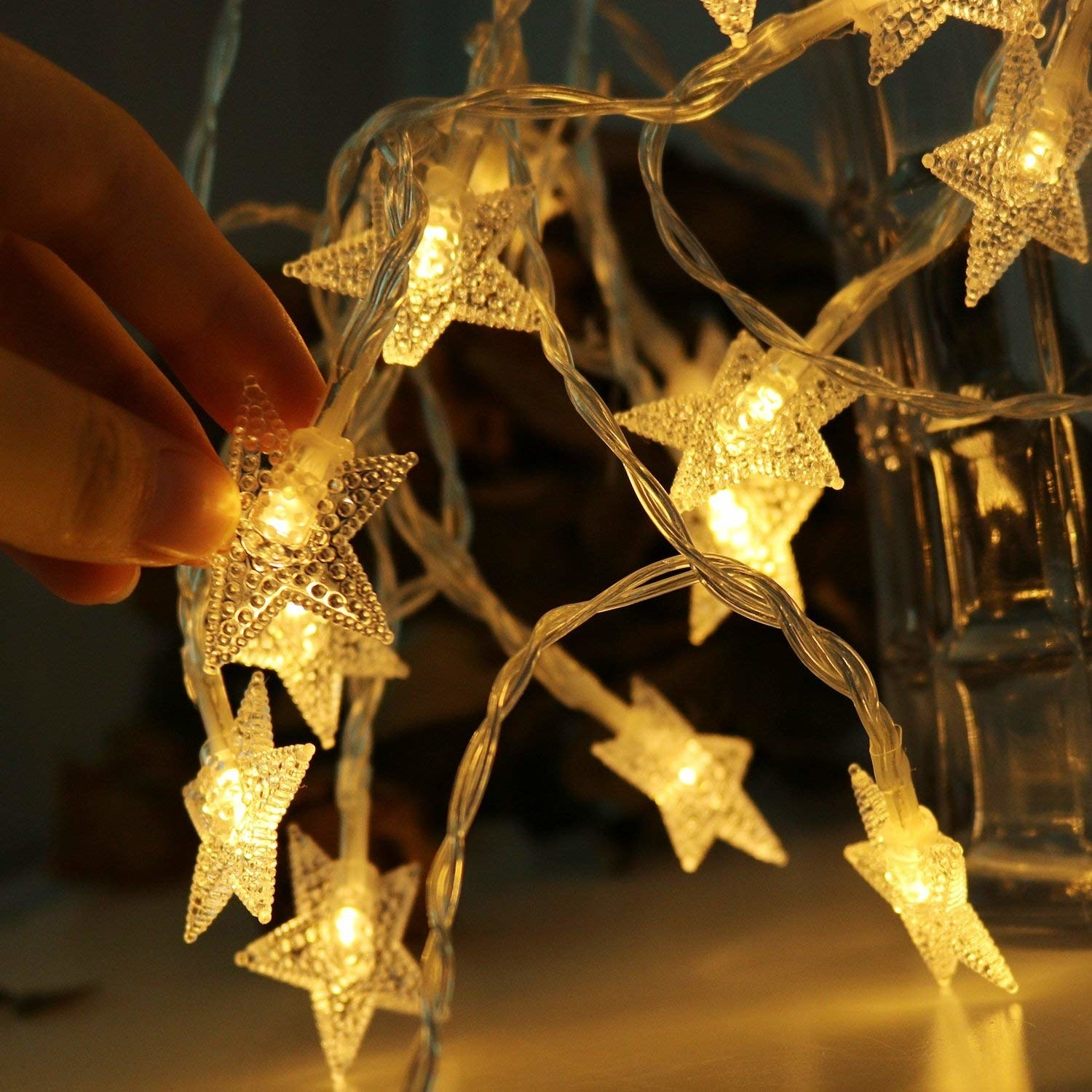 string lights with star shaped lights
