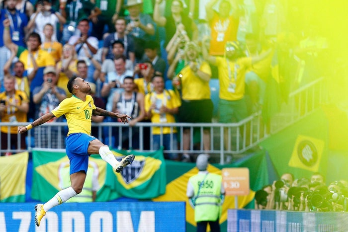 Neymar celebrates the first goal of the Brazilian victory against Mexico.