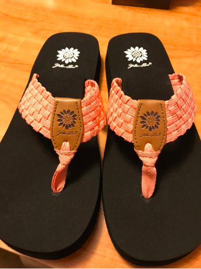 75aadc87f9f8 Flip-flops featuring a colorful strap meant to rub you the ~right~ way. Bye  blisters!