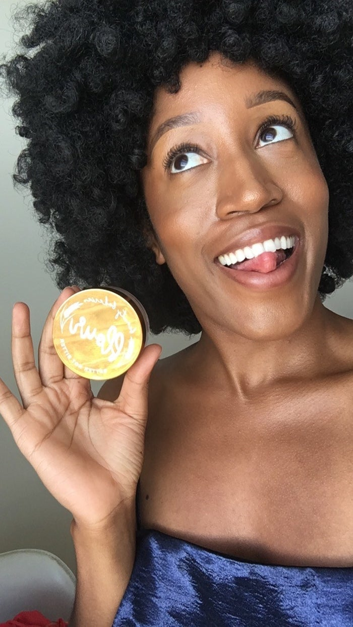 What's the PERFECT scenario for a sweaty face? How about racing against the clock to your live TV appearance after having been stuck on a hot-ass subway car underground for God knows how long. That's what happened to me, which is why I made sure to dust my mug with Beauty Bakerie's life-saving Translucent Flour Setting Powder that same morning.By the time I finally arrived at the studio, my makeup looked EXACTLY as it had when I first applied it earlier that morning. My t-zone, which is notorious for getting hella shiny after a few hours, stayed matte without compromising the luminescent dewy glow that I've grown to love. All I wanted was a non-melted beat and what I got was a smooth, soft complexion for my TV debut. Oh yeah, and on top of it all, it's vegan! (BTW, I took that selfie like 4 hours after filming. Proof, y'all!)Get it in 4 shades at Beauty Bakerie for $24.
