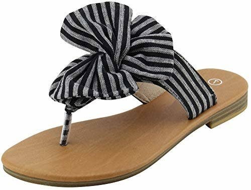 f6f8ad5dd712 24 Of The Best Flip-Flops You Can Get On Amazon